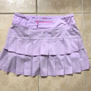 Lululemon run skirt size 8 tall, rare!!